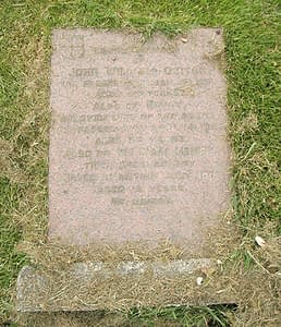 Private W H Oyitch's headstone before restoration